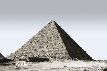 「世の中はピラミッド構造」(世の中の不都合な真実)